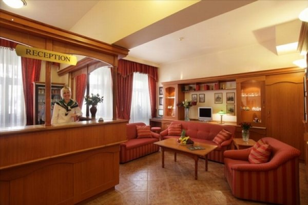 hotel mark ta praha 6. Black Bedroom Furniture Sets. Home Design Ideas